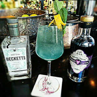 becketts-the-lunar-sea-fizz-cocktail.jpg